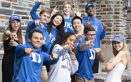 group of undergrad students in Duke gear